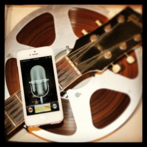 iPhone, Voice Memo, tape reel, Gibson guitar